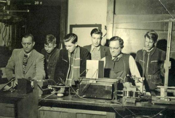 OV Abend im Physiksaal des Schillergymnasiums im Jahr 1950